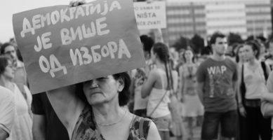Kakav je zaista materijalni položaj stanovništva Srbije?